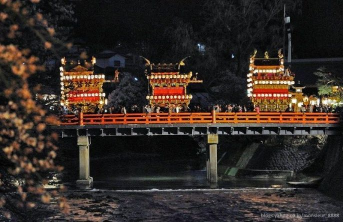 Festivales de Japón: el Sannō Matsuri (山王祭) o festival de primavera de Takayama, considerado uno de los tres más bellos de Japón