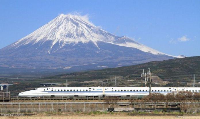 Descubrir Japón: los lugares desde los que fotografiar el shinkansen y el Monte Fuji juntos. Te contamos los detalles