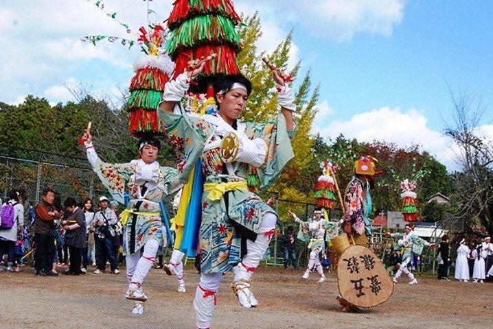 Tayama Hana Odori o Baile de las Flores de Tayama @ Tayama | Minamiyamashiro-mura | Kyōto-fu | Japón