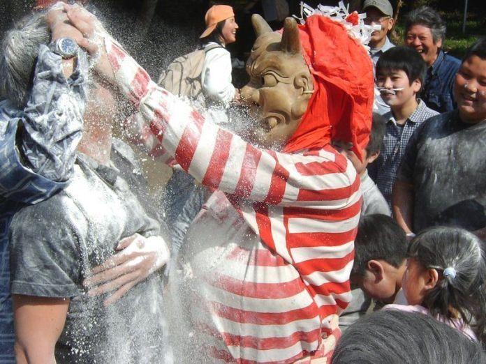 Festivales de Japón: Toyohashi Oni Matsuri, una bizarra manera de recibir la primavera lunar (setsubun)