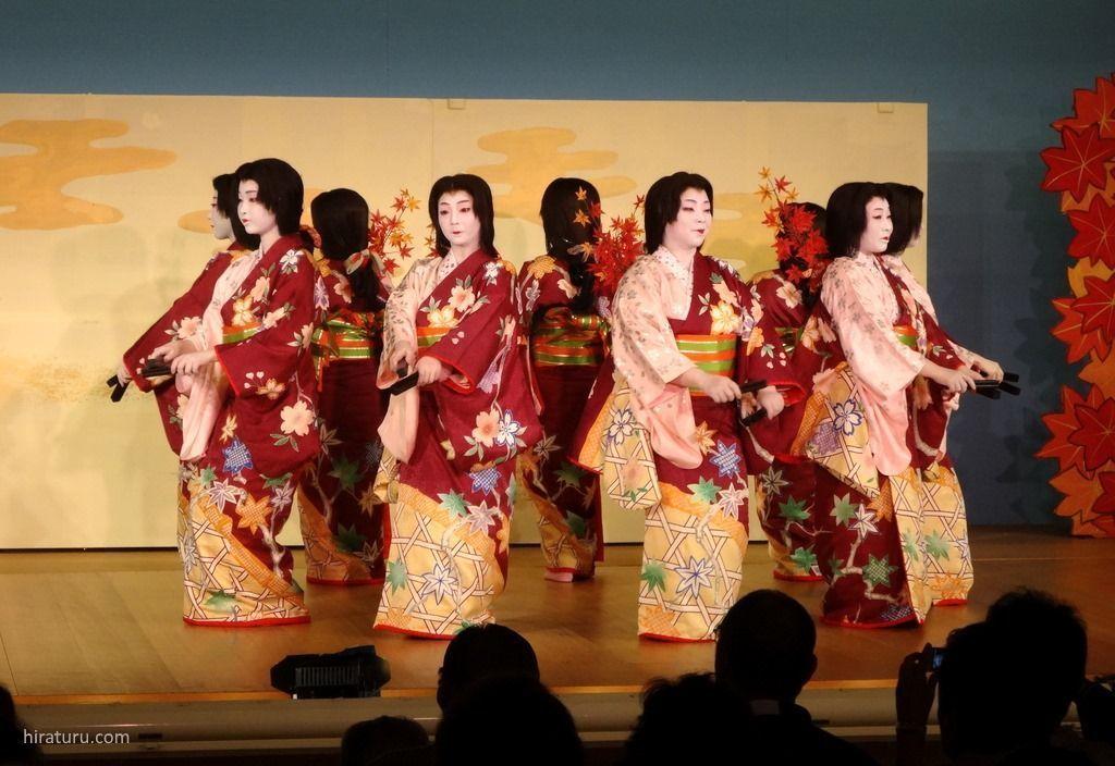 Festival de geishas Atami Odori @ Teatro Atami Geigikenban Kaburenjō | Atami | Shizuoka Prefecture | Japón