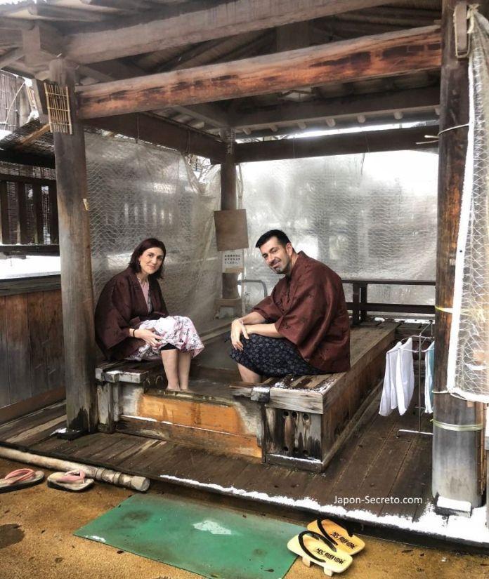 Onsen en Japón. Baños de pies o pediluvios (ashiyu,足湯)