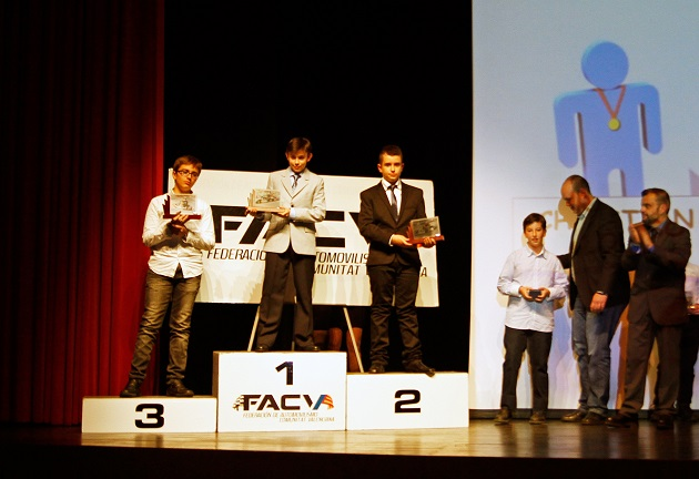 Miguel Grande estrenó categoría Junior en el Campeonato de Karting 2015 de la Comunidad Valenciana