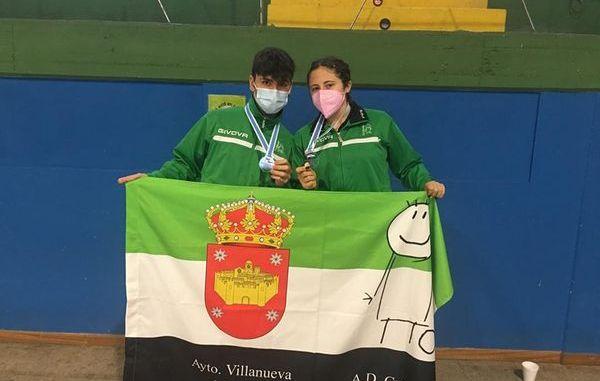 María González Timón y Simón González Travieso (2)