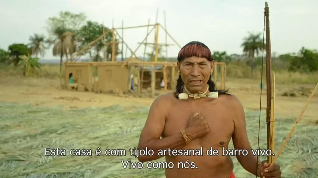 Um mini-documentário sobre a bioconstrução indígena