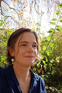 Paysagiste specialisee en sante et jardin therapeutiqu, Sarah Bertolotti est Membre fondateur de la Fédération Jardin Nature et Santé.