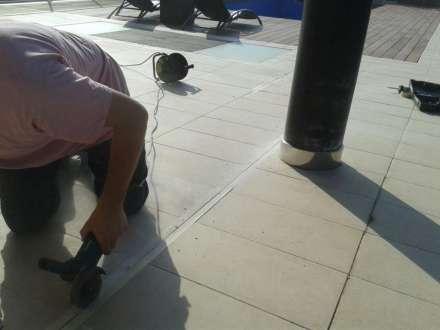 reforma de suelo en Aiete