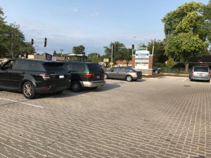 20190127b porous-paver-parking-lot-sv-fisk-skokie-il-x400