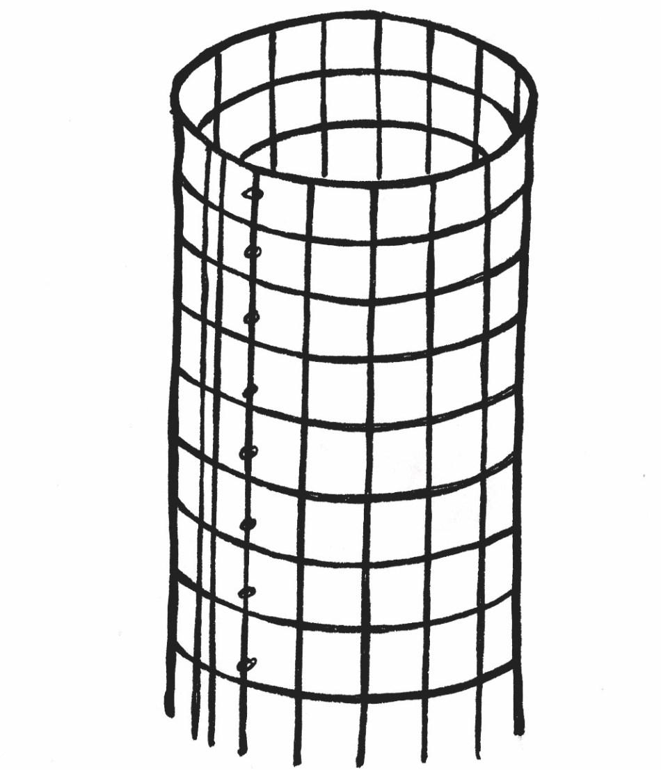 Cage à tomate faite maison qui peut servir pour un rosier grimpant.