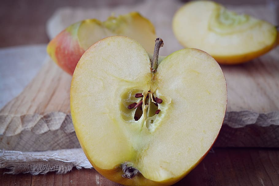 Pépins de pomme.