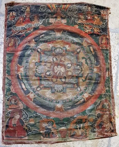 Tangka en toile de lin sens encadrement, NEPAL - Dimension : 45 cm de large x 72 cm de haut - Prix de vente : 95€.