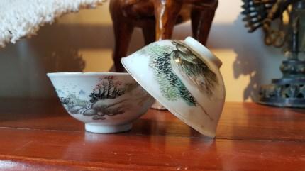 Bol en porcelaine de Chine, décor peint à la main (Années 1950), CHINE - Prix de vente : 69€.