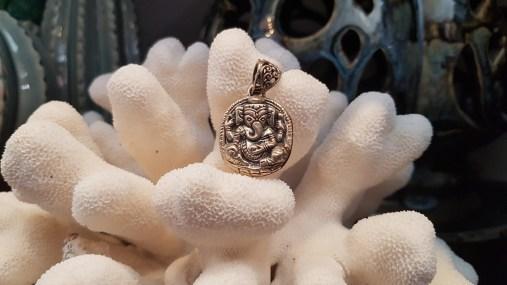 Ganesh en argent ciselé, INDE - Prix de vente : 45€.