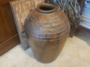 Cache-pot en terre cuite, CHINE - Prix de vente : 190€.