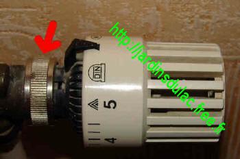 Astuce Chauffage Radiateurs Video Plombier Thermostat Valve Tige Les Jardins Du Lac