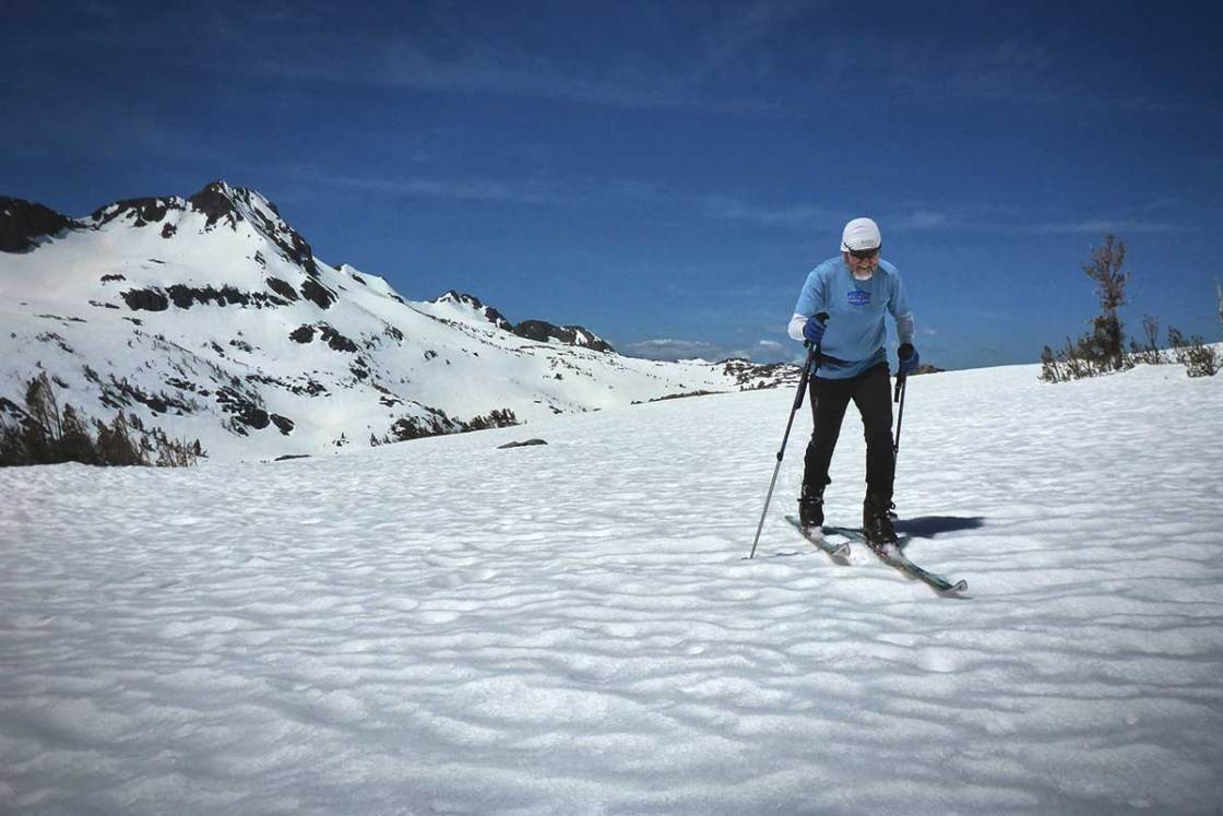 Cross-country skiing at Carson Pass