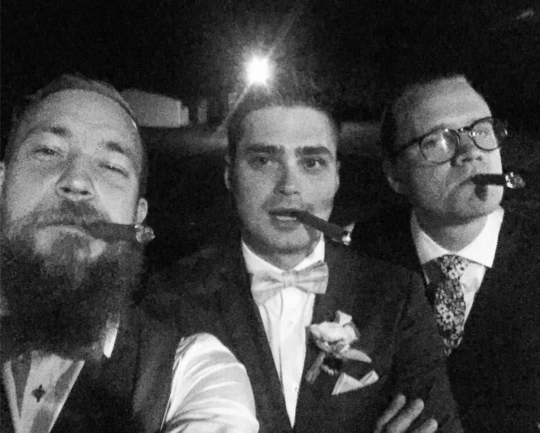 Wedding, mandatory cigar time ;) No forging today or tomorrow ?