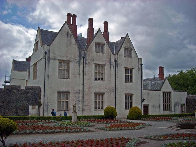 St.-Fagans-Castle