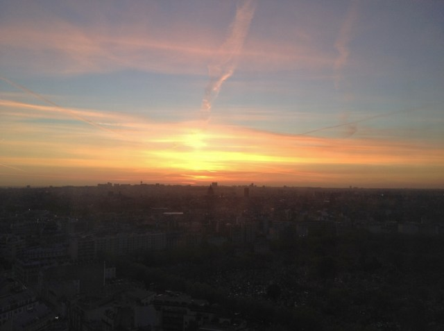 Sunrises over Paris