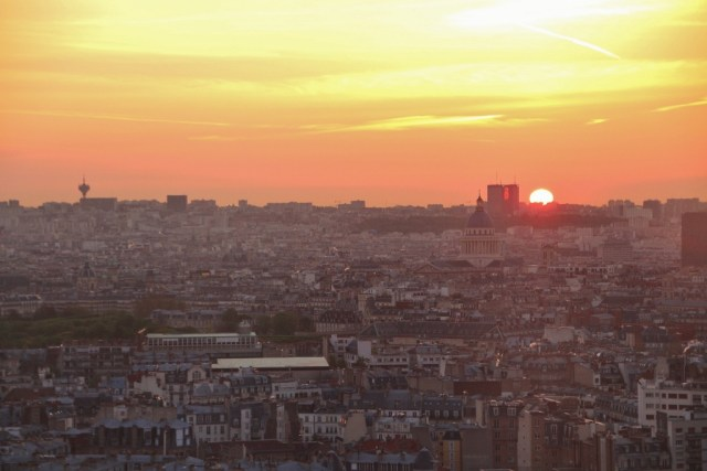 Sunrises on Paris
