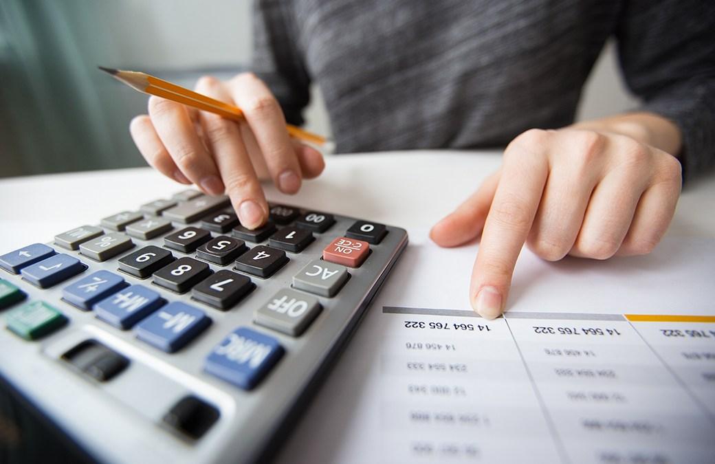 3 Alasan untuk Mengadopsi Laporan Keuangan Multibahasa