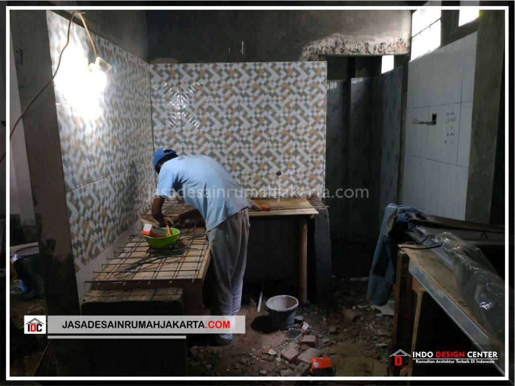 Pengerjaan Dapur Rumah Bpk Tarsi-Arsitek Gambar Desain Rumah Minimalis Modern Di Tangerang-Jakarta-Surabaya-Bekasi-Bandung-Jasa Konsultan Desain Arsitek Profesional 2