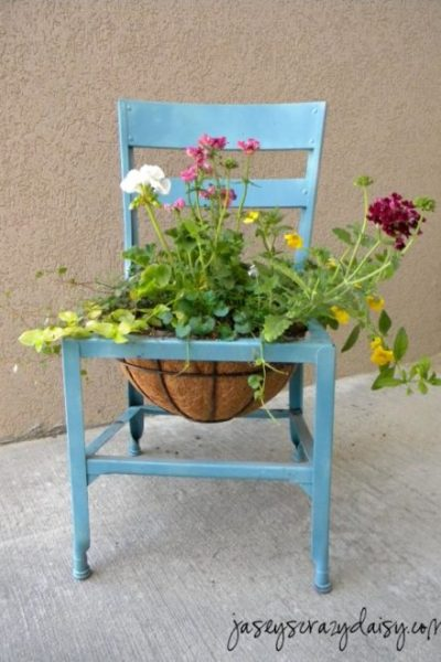 DIY Chair Planters
