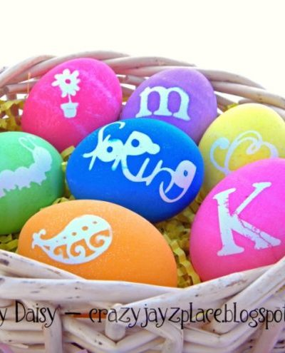 How To Make Beautiful Personalized Vinyl-Dyed Easter Eggs {Egg Tutorial No. 2}