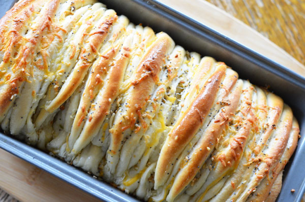 Cheesy Everything Pull Apart Bread