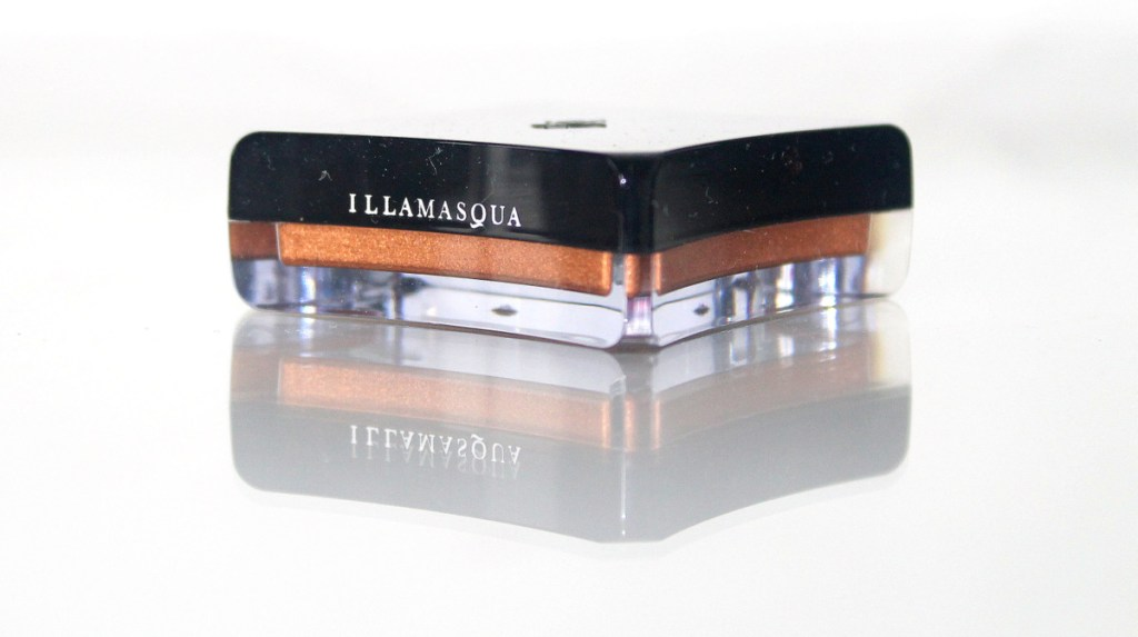 illamasqua liquid metal enrapture