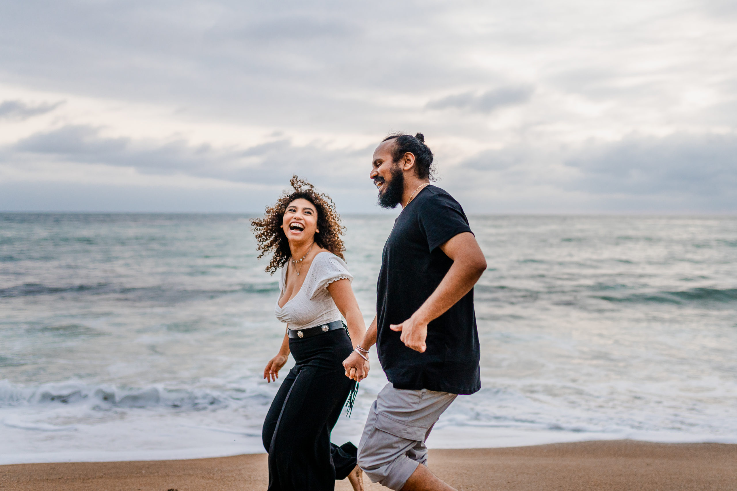 founders beach couples session