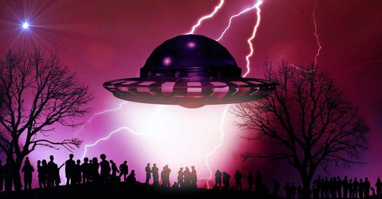 https://i2.wp.com/jason-mason.com/wp-content/uploads/2019/02/UFO-Men-in-Black-768x401.jpg