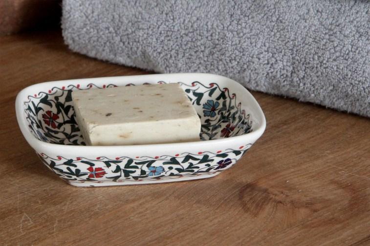 1500-iznik-soap-dish-side