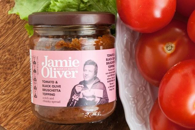 jamie-oliver-tomato-olive-bruschetta