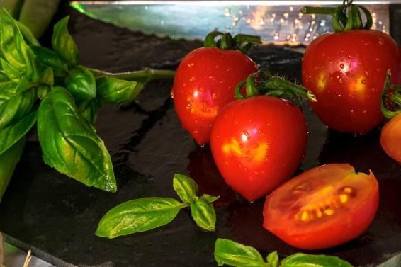 jason-b-graham-basil-tomato-0001