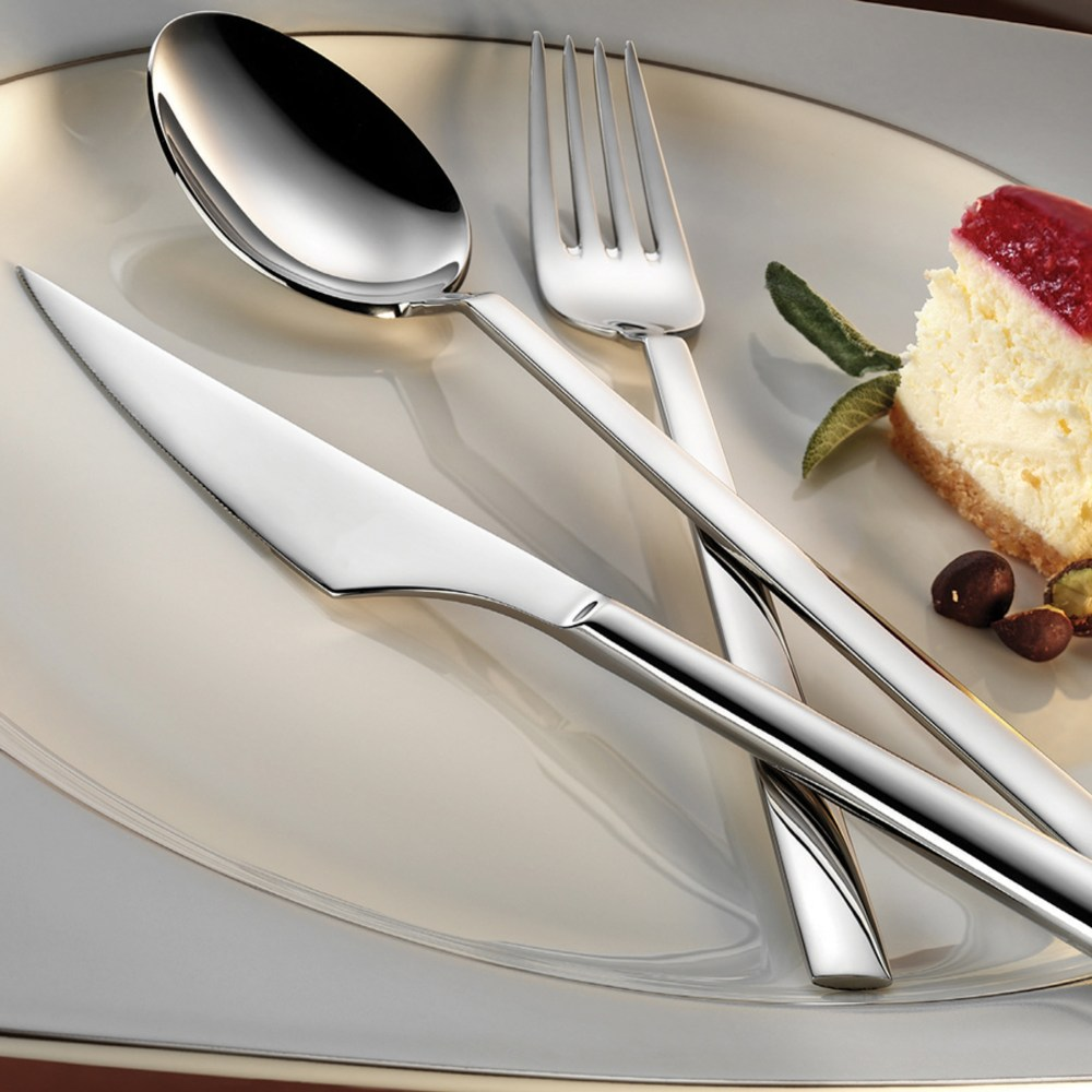 vouge-flatware-collection-lifestyle
