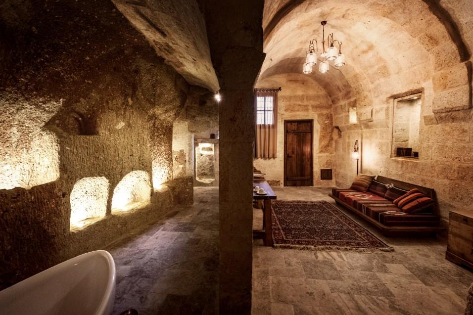 aya-kapadokya-chapel-premium-suite-0001
