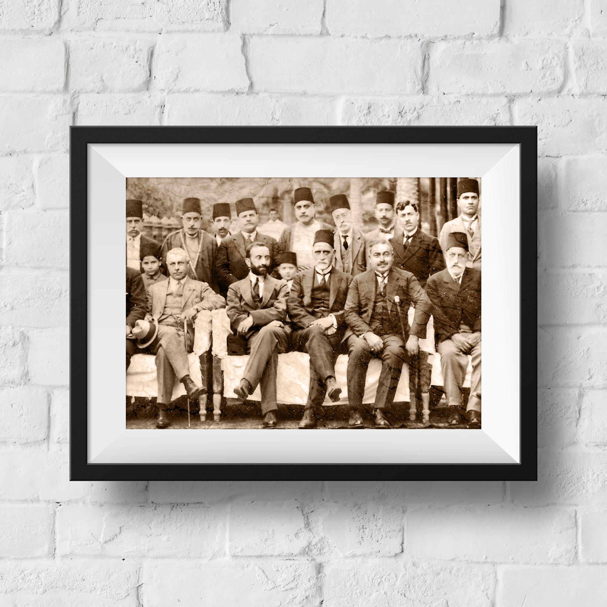 les-ottomans-framed-horizontal-original-2000-2000