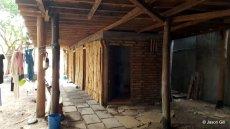 14. The Li'l Aussie Hut Bathrooms