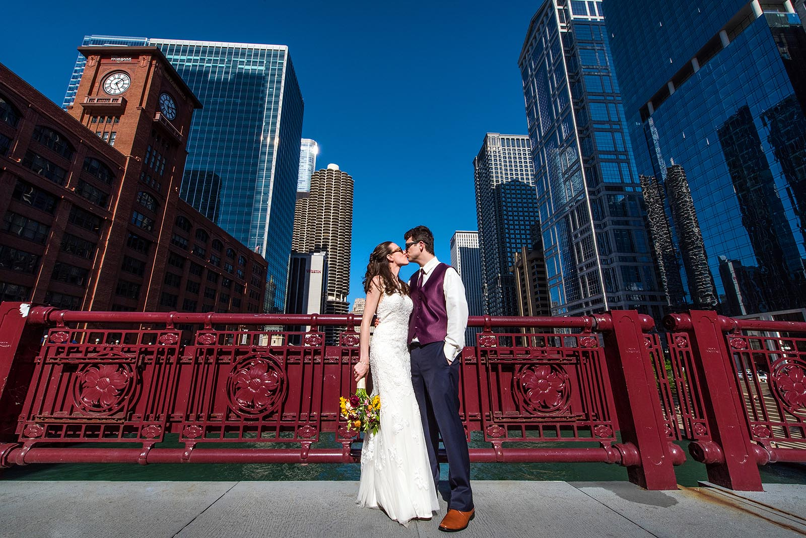 Bride Groom Kiss Chicago Bridge