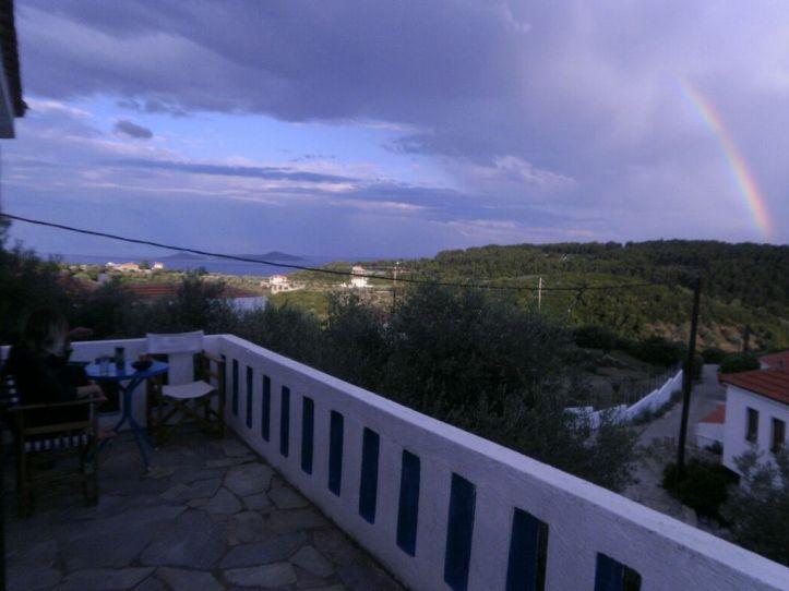 Jason_Oliva_balcony_Greece