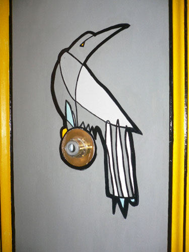 Bird_on_door_jason_oliva