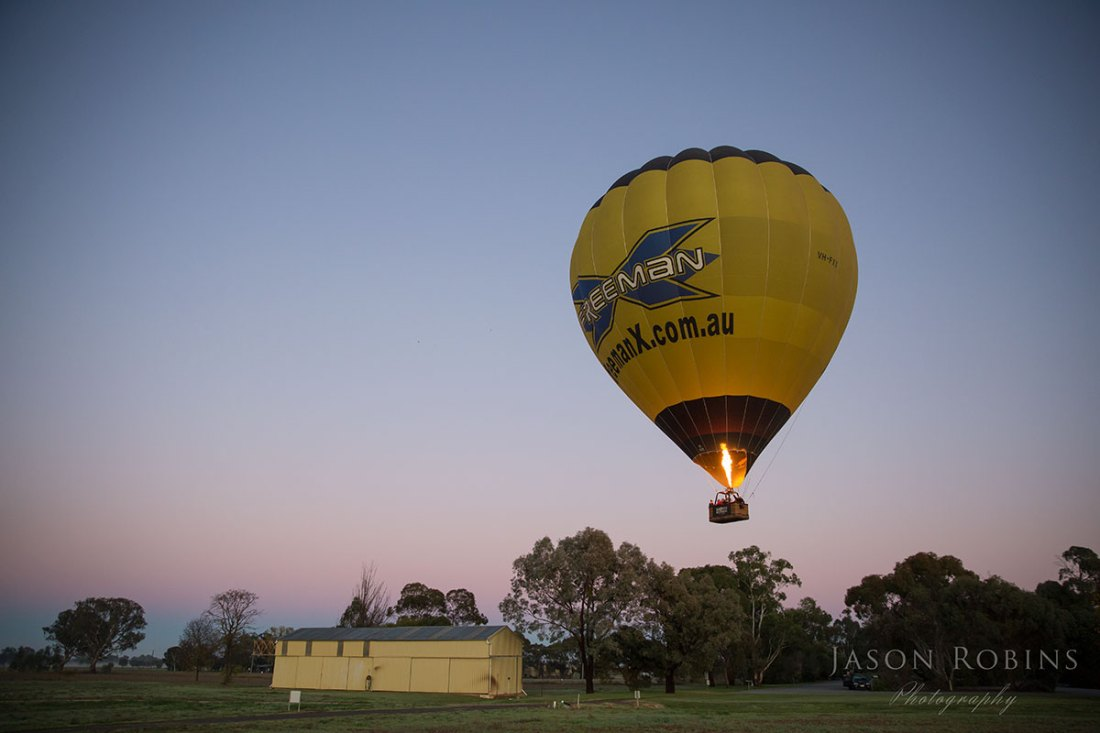 Brown Brothers Winery Milawa & Goldrush Ballooning Hot Air Balloon Flight Albury Wodonga