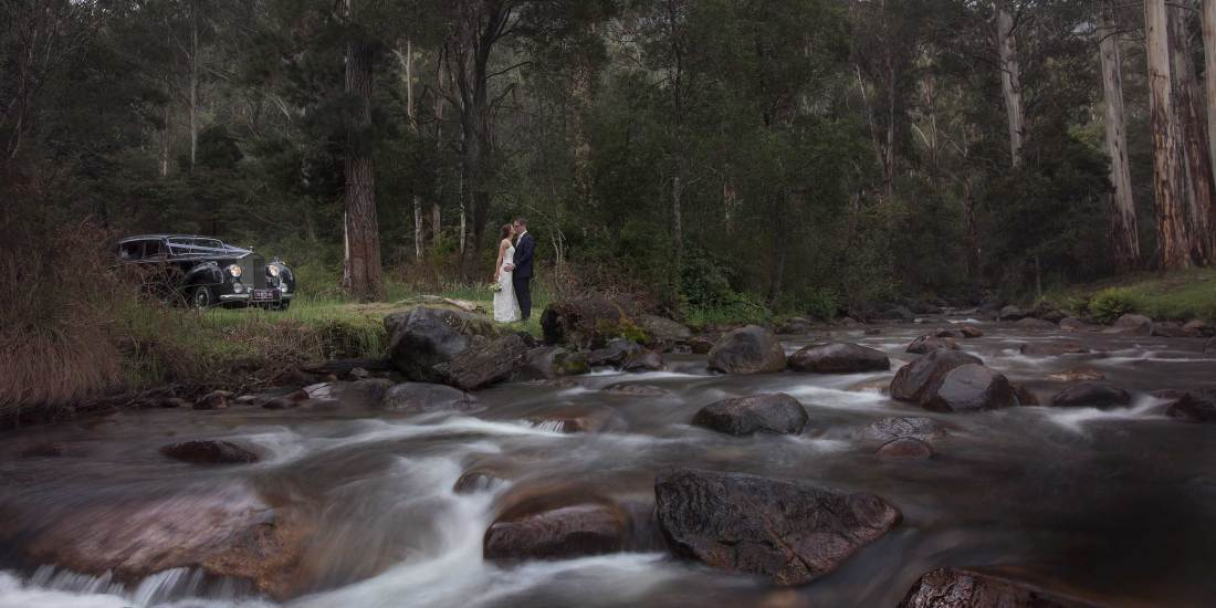 Destination Wedding Photography at Pinnacle Valley Resort Victoria