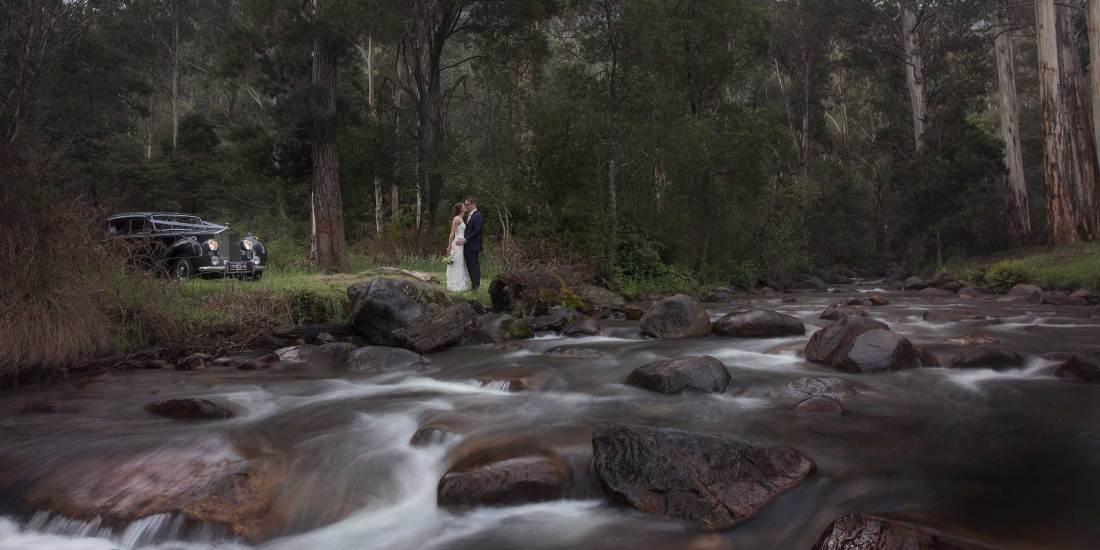 Destination Wedding Photography at Pinnacle Valley Resort Victoria