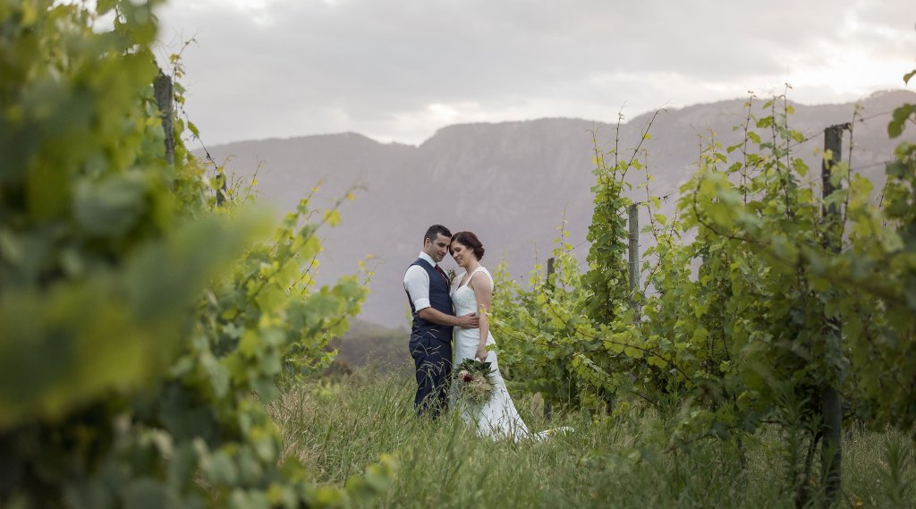 Bright Wedding Photography, Feathertop Winery Bright Victoria by Jason Robins