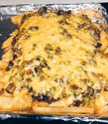 irish nachos finished baking on pan
