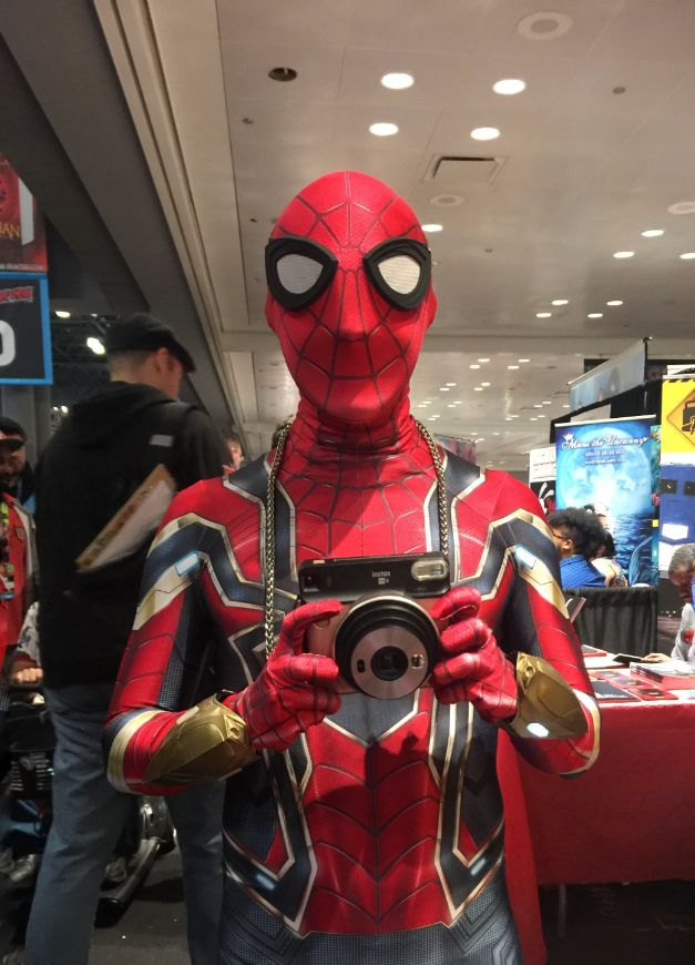 spiderman cosplay at comic con 2018