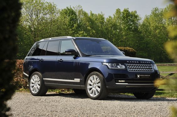 Agnelina Jolie cars - Range Rover Vogue 4x4, 4.4 SDV8