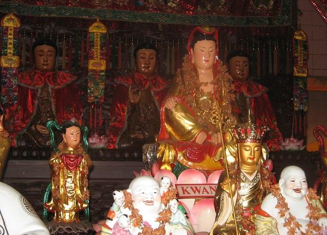 Klenteng-Tri-Dharma-Avalokitesvara-pasar-gede